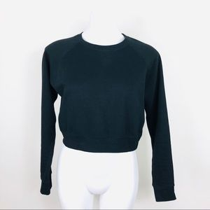 Forever21 Black Crop Sweater Size Small